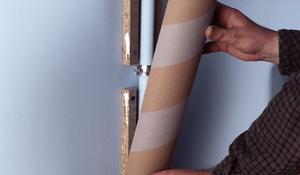 KROK III - Montaż osłony na ścianie