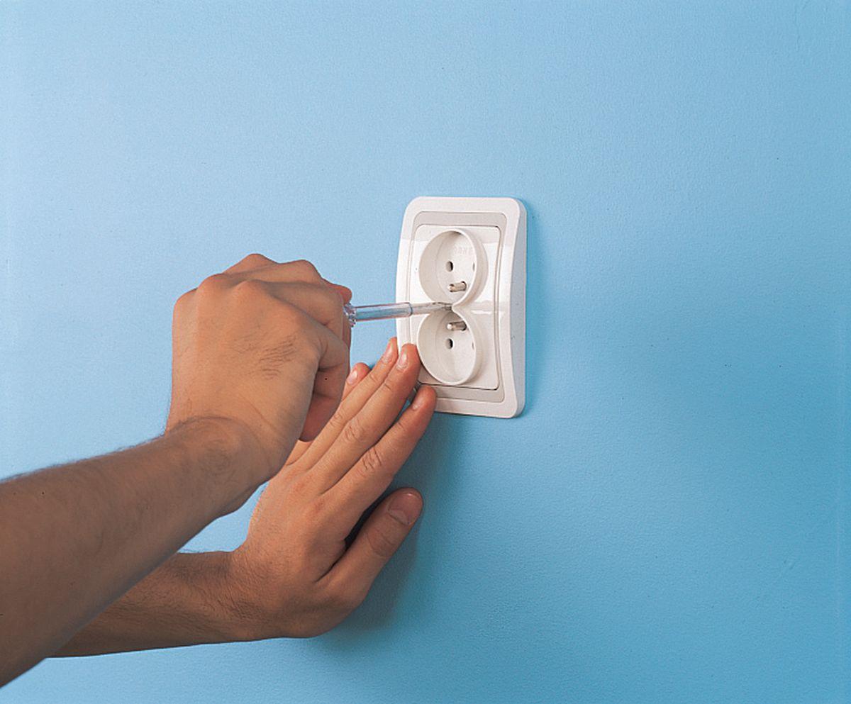 Установка розеток и выключателей своими руками: в 29